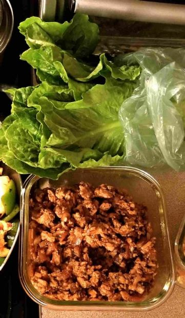 Donna's Chicken Lettuce Wraps (PF Chang's CopyCat)-1 Serving=1/2 cup