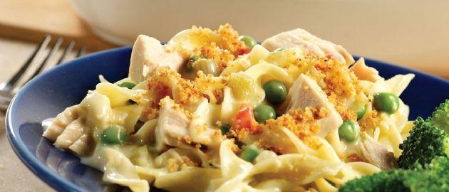 Easy Cheesy Tuna Noodle Casserole