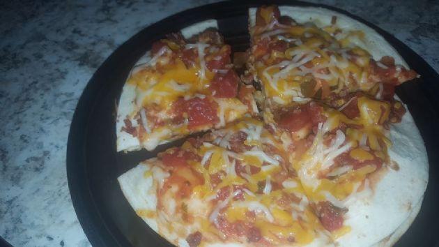 Easy Chicken & Bacon Quesadilla