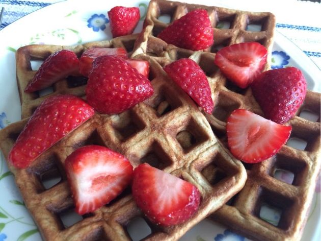 Food processor waffles (gluten and dairy free)