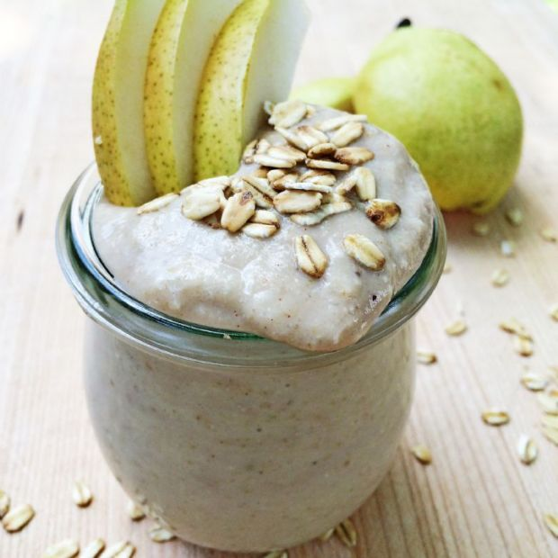 Ginger Spiced Pear Smoothie