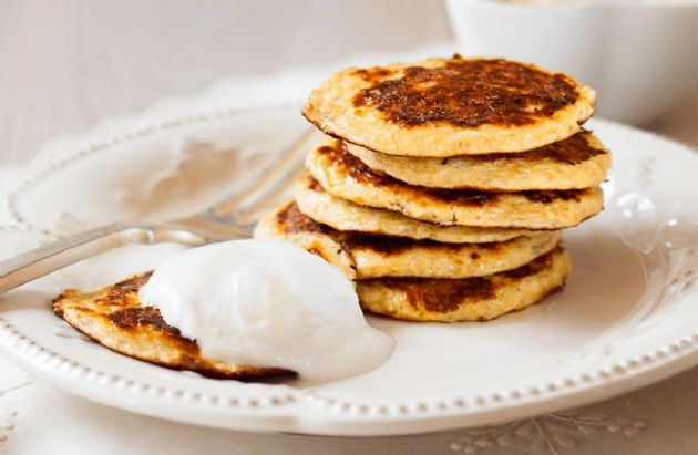 Greek Yogurt-Oatmeal Pancakes