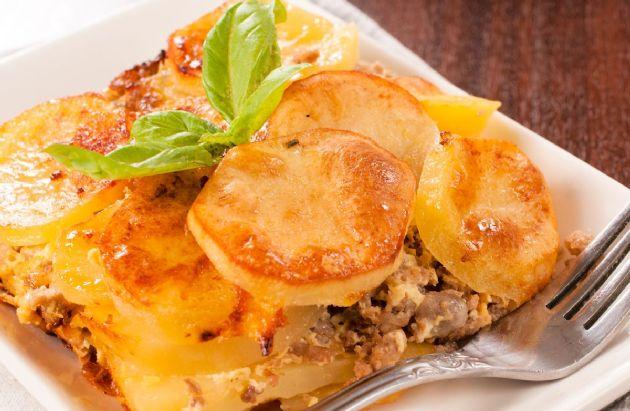 Ground beef and potato casserole recipe sparkrecipes ground beef and potato casserole forumfinder Gallery