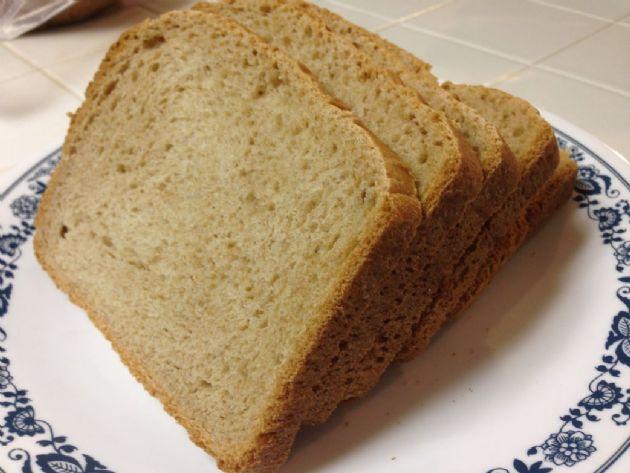 Home Made Wheat Bread (Bread Machine)