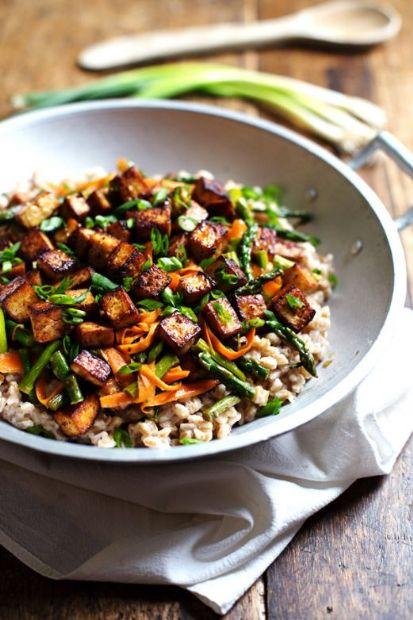 Honey Ginger Tofu and Veggie Stir Fry