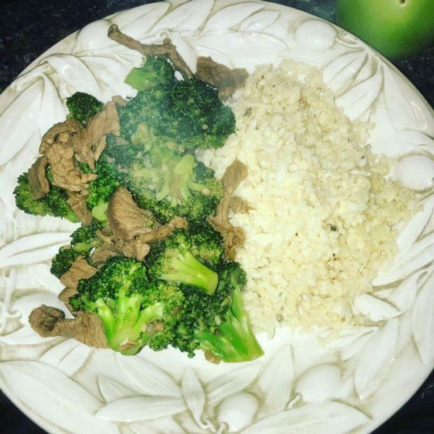 Keto Beef & Broccoli w/Fried Cauliflower Rice