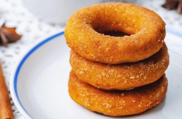Low-Carb Pumpkin Donuts