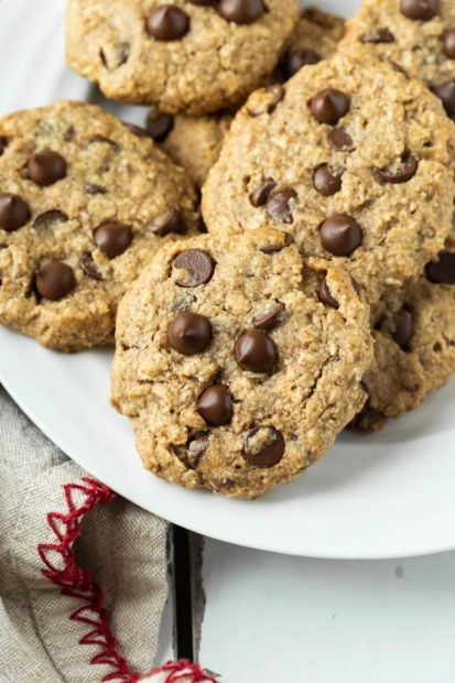 Oatmeal Chocolate Chip Cookies (V/GF)