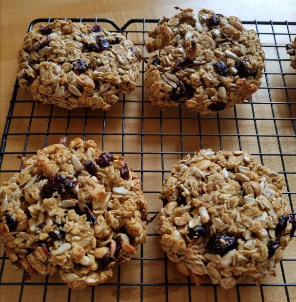 Oatmeal breakfast cookies (gluten free)