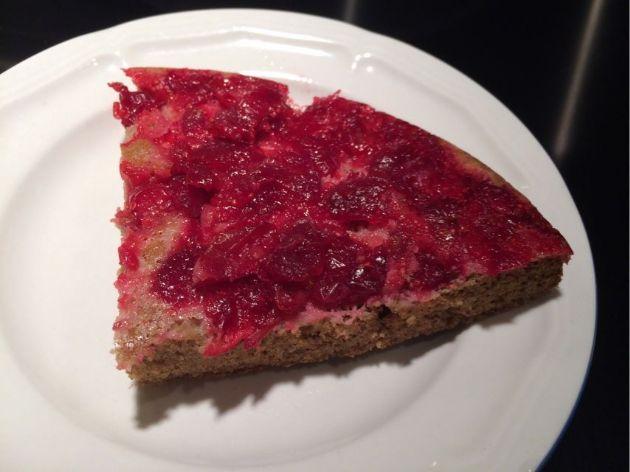 Paleo Cranberry skillet cake