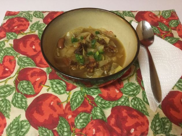 Pepper's Palace Cabbage Vegetable Soup