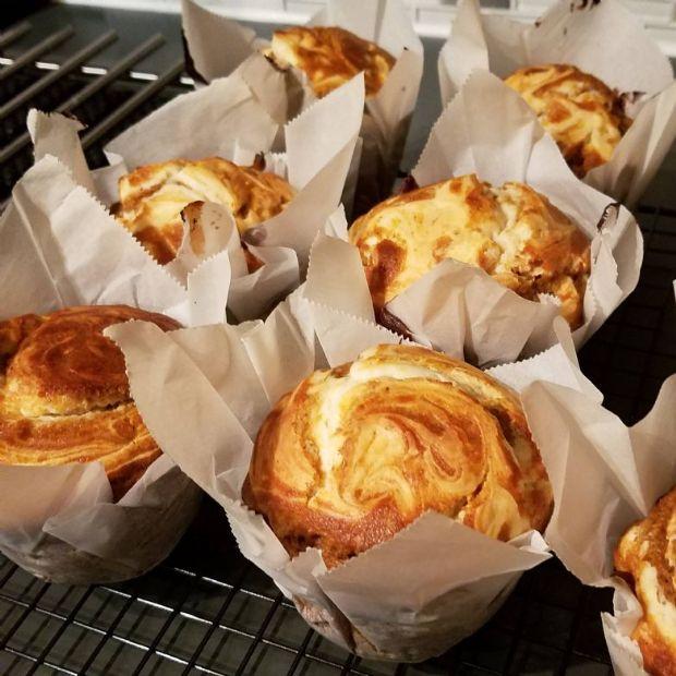 Pumpkin Cream Cheese Protein Muffins