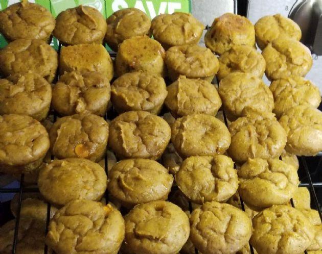 Pumpkin Spice Protein Muffins