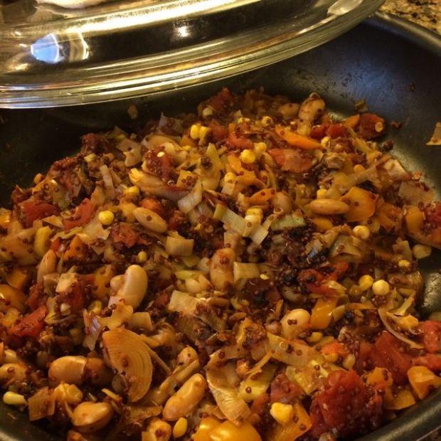 Quick Quinoa Veggies in a Pan