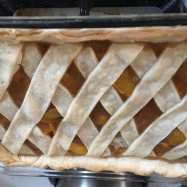 Reduced Sugar Deep Dish Peach  Pie