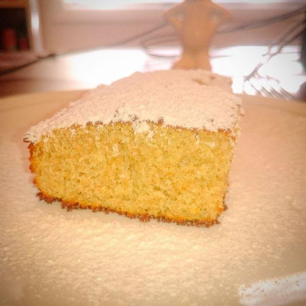 Ro's Vanilla Protein Whole Wheat Cake