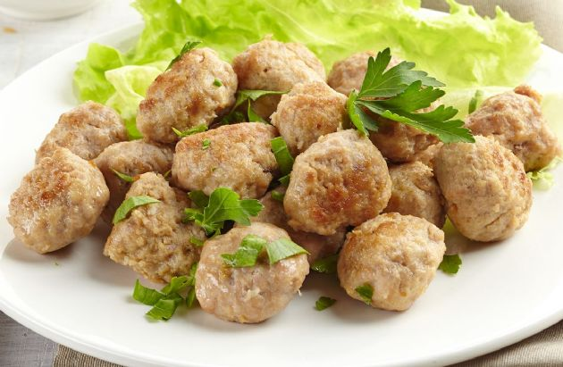 Spicy Low-Fat Turkey Meatballs