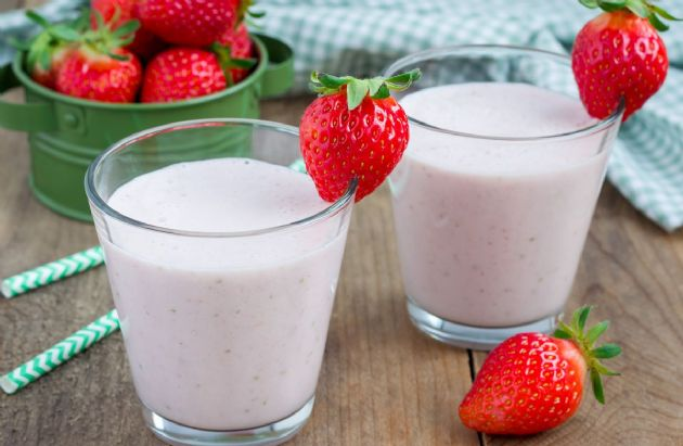 Strawberry Cheesecake Shake Recipe SparkRecipes