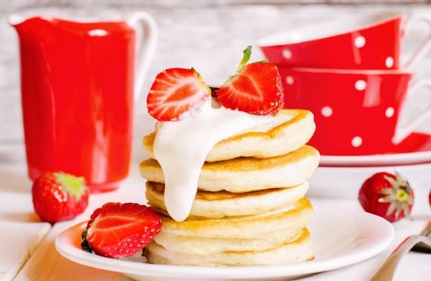 Sunday Morning Strawberry Pancakes