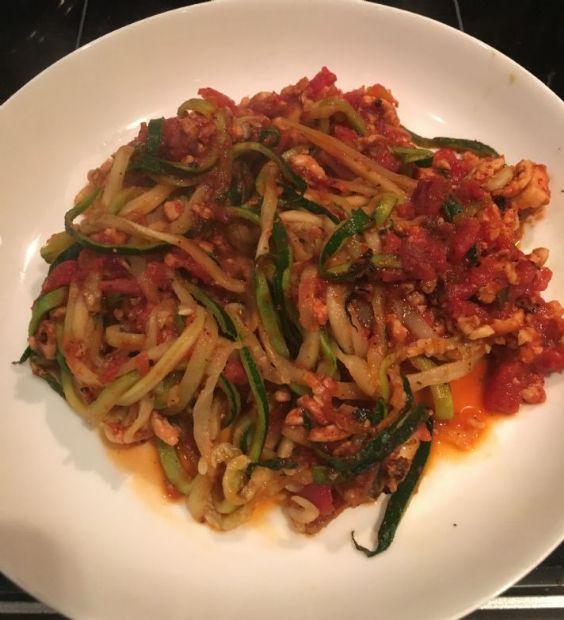 Zucchini Spaghetti with Lean Turkey Spaghetti Sauce
