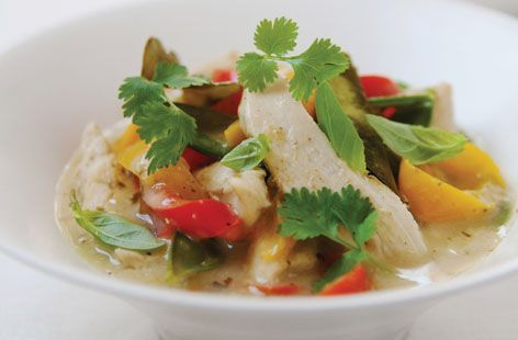easy thai red chicken and veg curry