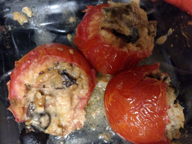my Sweet Veisha's Turkey/Veggie Stuffed Tomatoes - 145g/Serving