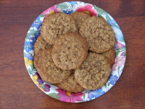 Mom's Best Oatmeal Cookies