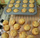 walnut and apricot muffins