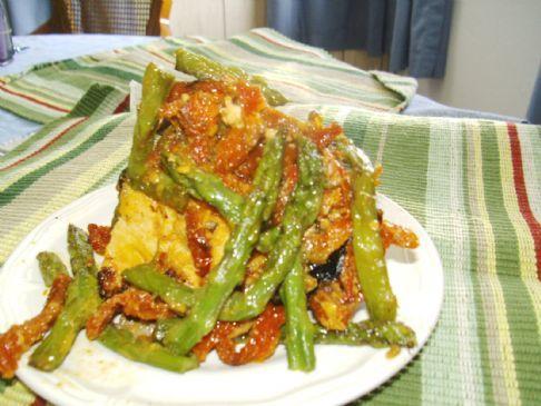 Rhea's Baked Chicken w/Sun-Dried Tomato & Asparagus