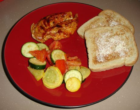 Skillet Chicken with Zucchini and Tomatoes