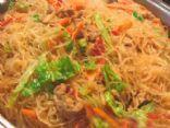 Pancit Bihon (Phillapino Noodles)