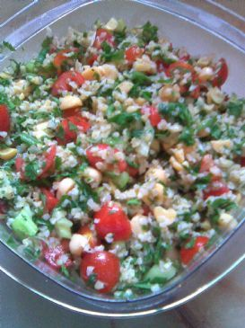Tabbouleh salad with chickpeas