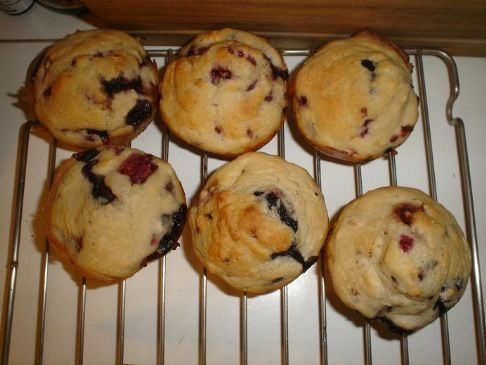 Vegan Fat Free, Low calorie Mixed Berry Muffins
