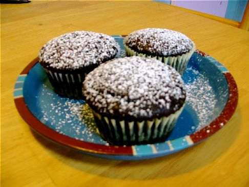 Sugar Dusted Chocolate Cupcakes