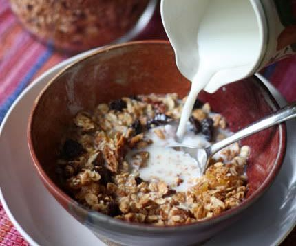 Low-Carb, Gluten-Free Granola