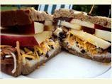 Creamy Apple Sandwich