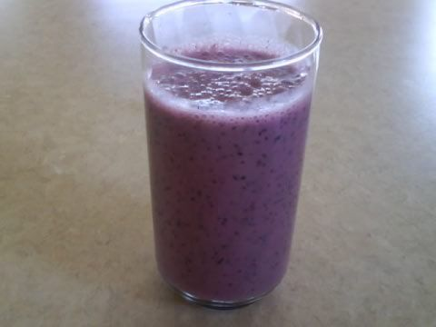 Blueberry Strawberry Smoothie Super Easy!!