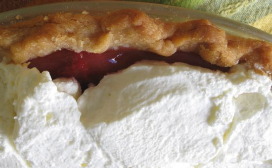 Mama's Strawberry Pie