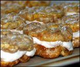 Crunchy Caramel Apple Cream Pies