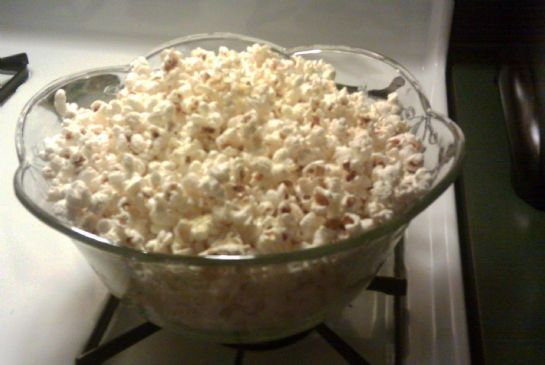 Seasoned Coconut-Oil Popcorn