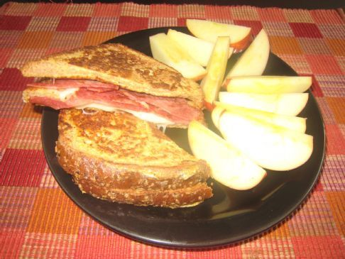 French Toast Cheese Sandwich with Turkey Bacon