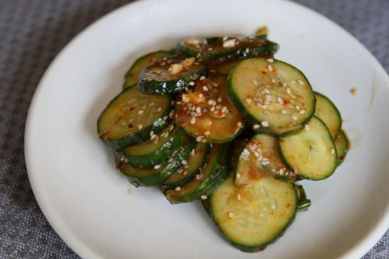 Oee Muchim (Spicy cucumber salad)