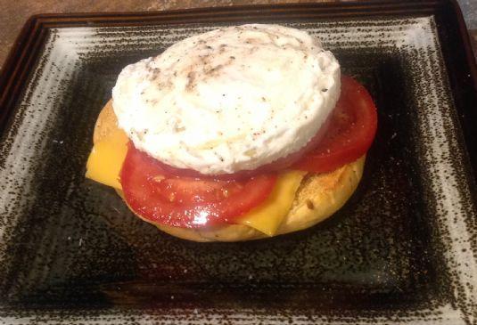 Bagelli Poached Egg & Ham Breakfast
