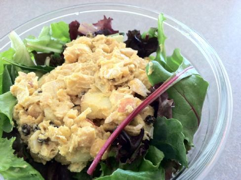 Creamy Curried Chickpea Salad