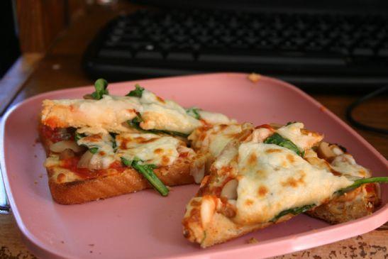 Pizza Toast with Hummus, Mushroom, & Spinach