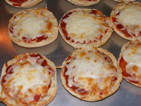 English Muffin Mini Pizzas Recipe Sparkrecipes