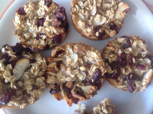 Baked fruit-nut-oatmeal cups