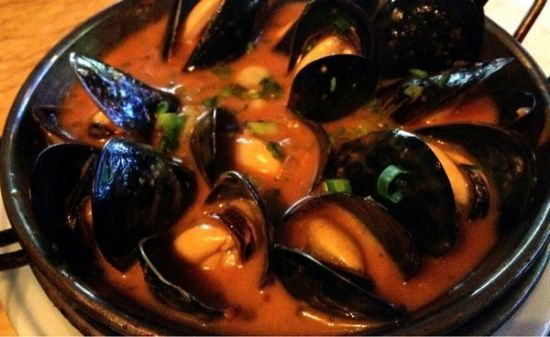 P.E.I. Mussels in Tomato Broth