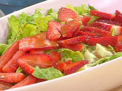 Green Salad with Strawberry Balsamic Vinaigrette