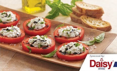 Italian Tomatoes with Herbed Cheese & Toast from Daisy Brand®